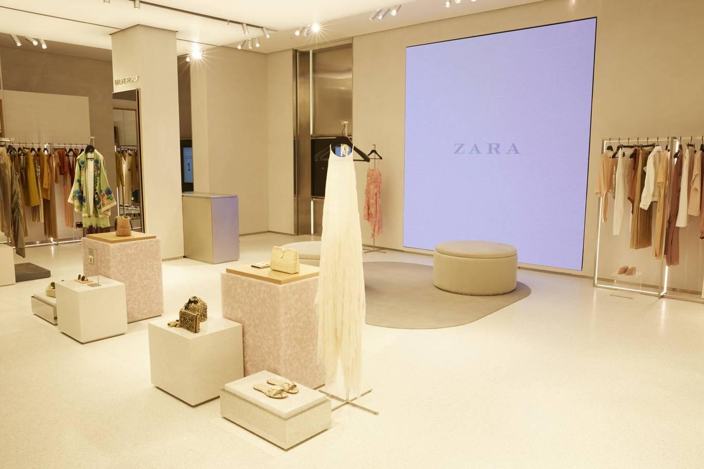 Zara Digital Age High Street Store 5